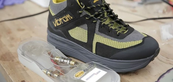 This shoe charges your smartphone while walking 1