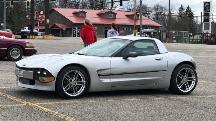 This Bizarre Shorty Corvette Hot Rod Might Not Be so Bad